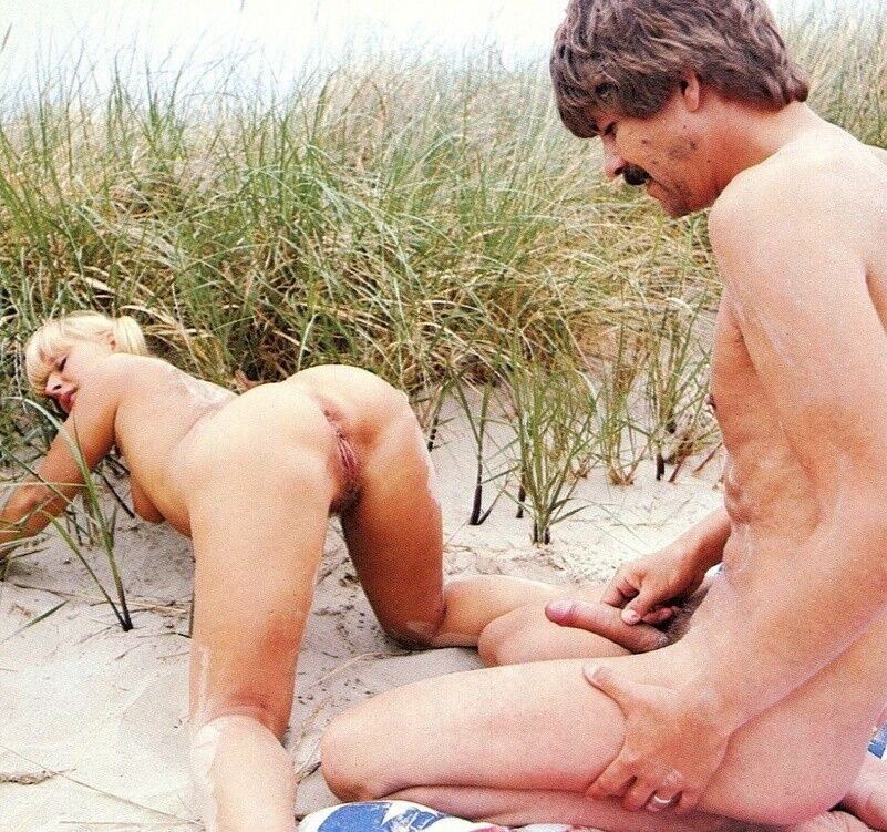 Sex on the Beach With Vintage MILF